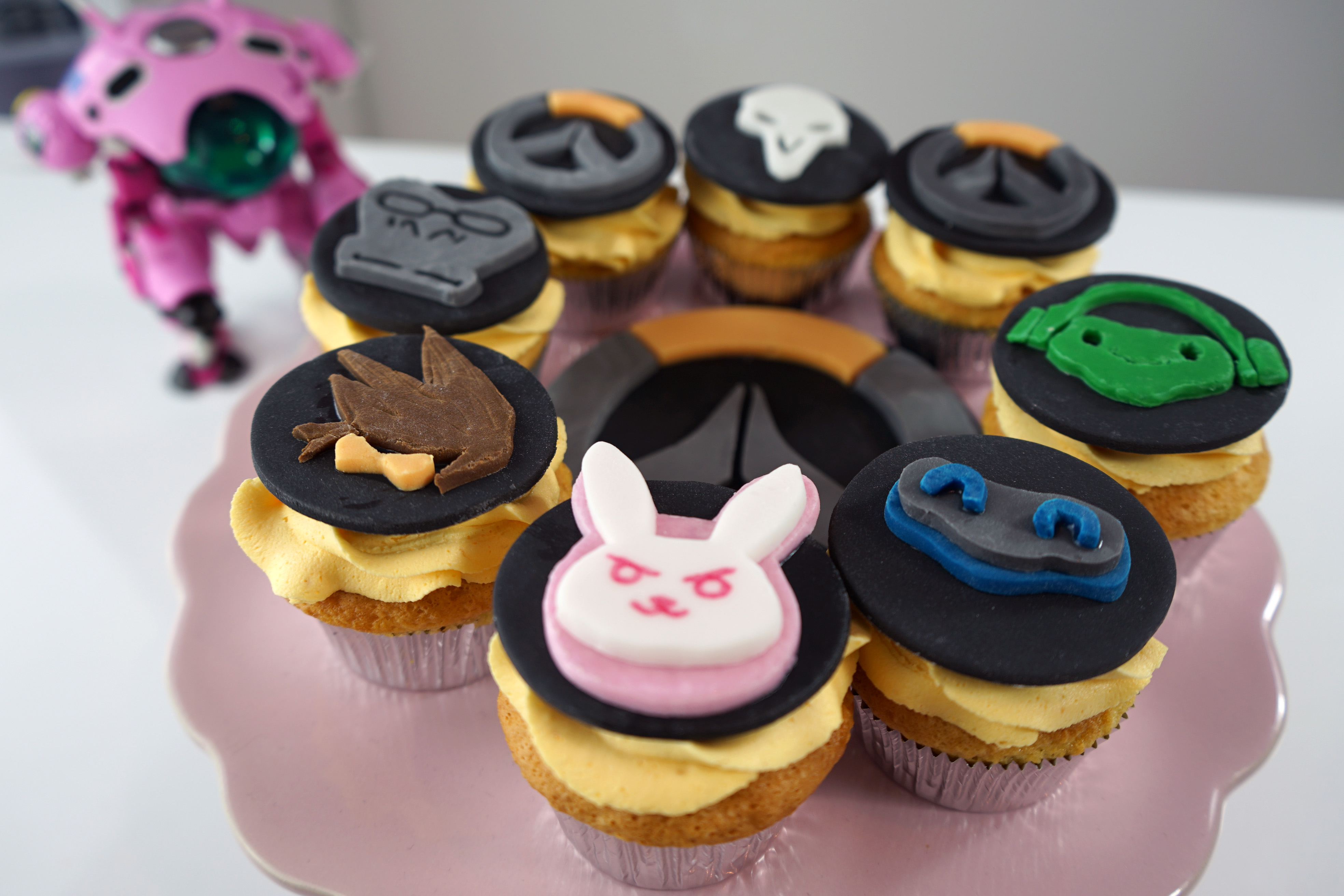 Overwatch Cupcakes