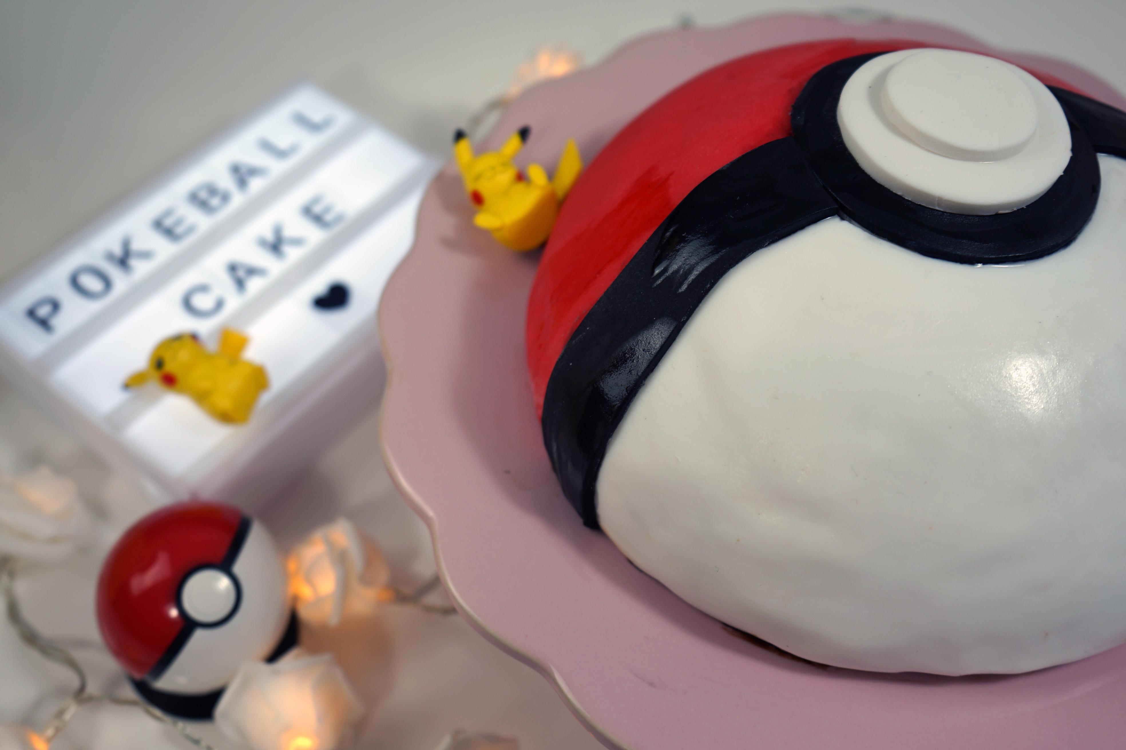 Pokéball Kuchen